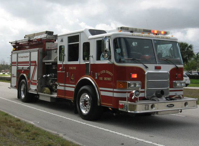 man in critical condition after fort pierce crash tcpalm. Black Bedroom Furniture Sets. Home Design Ideas